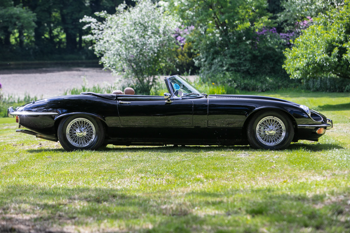 1974 Jaguar E-Type Series 3 V12 Commemorative Edition SOLD by Auction (picture 5 of 6)
