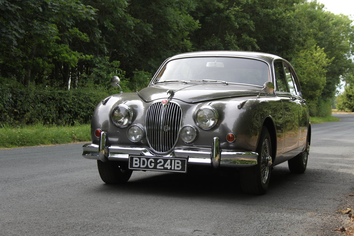 1964 Jaguar MKII 3.4 Manual O/D - Matching No's UK car SOLD (picture 2 of 12)