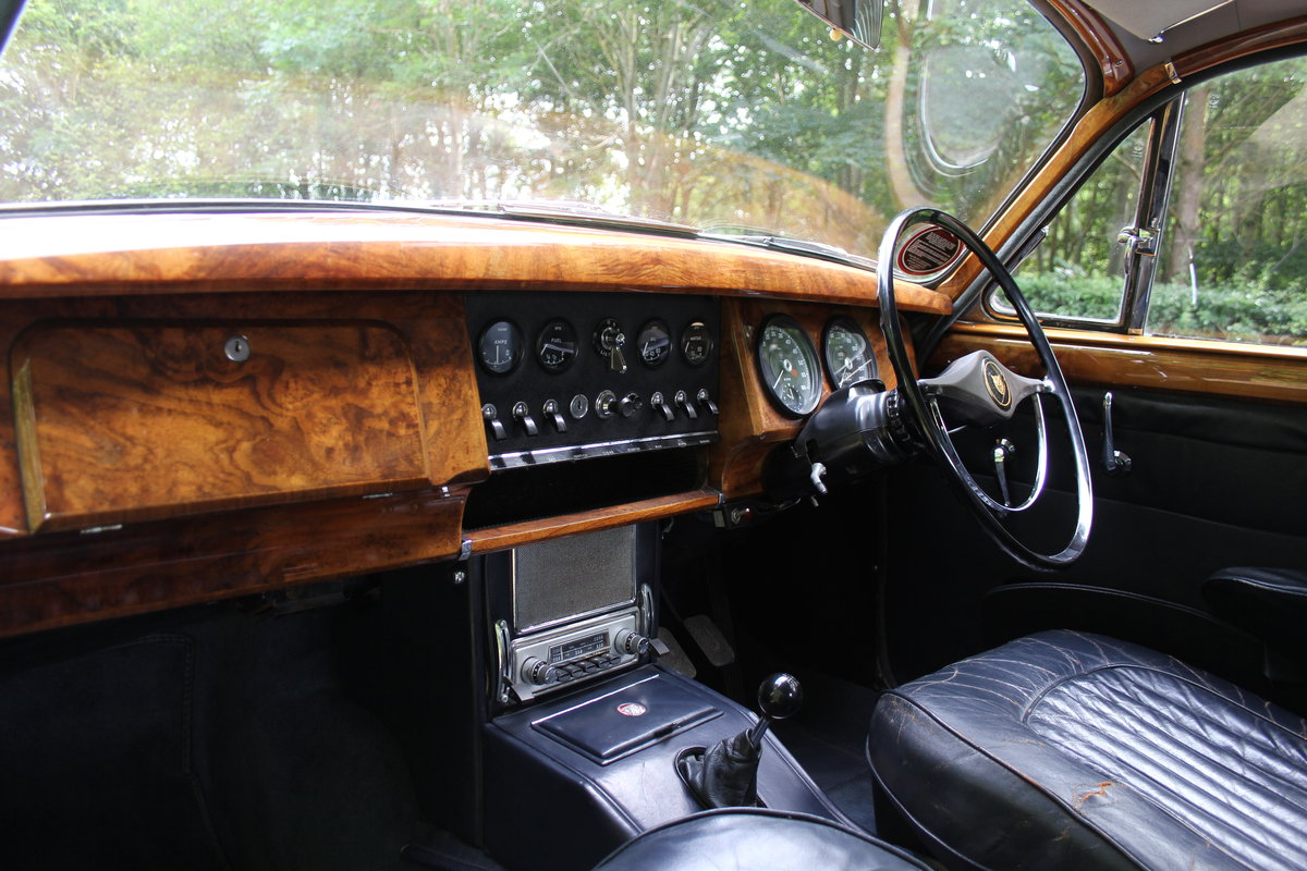 1964 Jaguar MKII 3.4 Manual O/D - Matching No's UK car SOLD (picture 8 of 12)