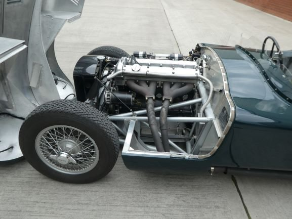 1953 Jaguar C Type Tool Room Reproduction - stunning SOLD (picture 4 of 6)
