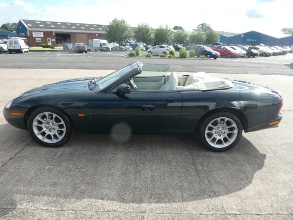 1999 Jaguar XKR Convertible For Sale (picture 2 of 6)