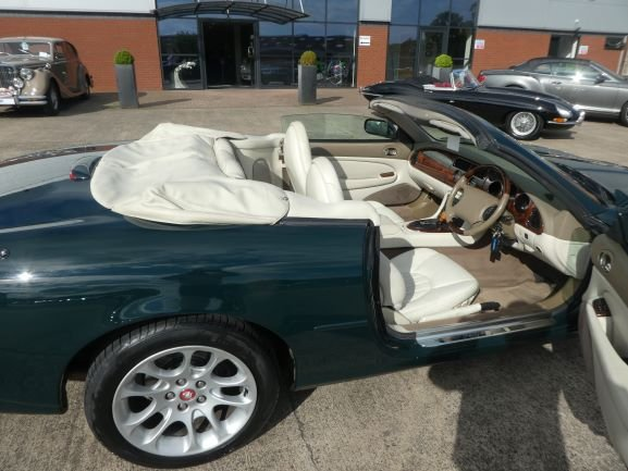 1999 Jaguar XKR Convertible For Sale (picture 3 of 6)