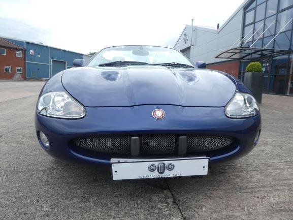 2001 Jaguar XKR 4.0 Cabriolet For Sale (picture 5 of 6)