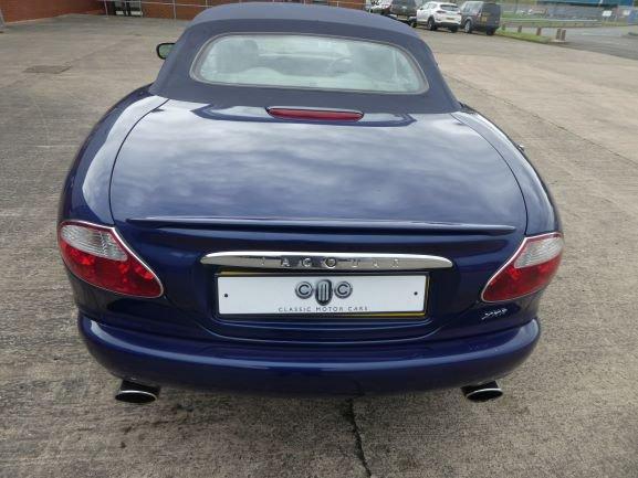 2001 Jaguar XKR 4.0 Cabriolet For Sale (picture 6 of 6)