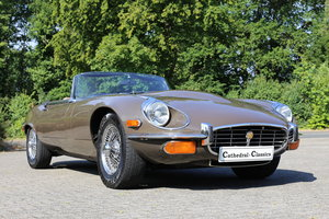 1973 Remarkable original Jaguar E-Type Series 3 OTS manual box For Sale
