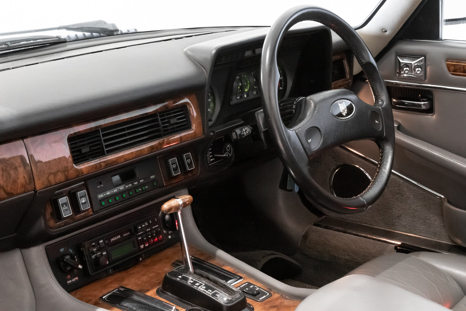 1989 Outstanding Condition Jaguar XJS V12 Convertible Automatic  For Sale (picture 6 of 6)