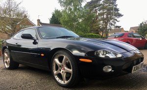 Jaguar xkr 2001 coupe, adaptive cruise control For Sale