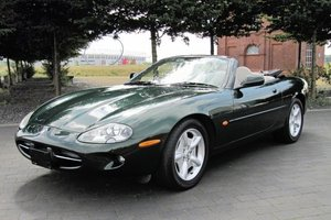 1997 Jaguar XK8 Convertible - 44,000 miles Stunning For Sale by Auction