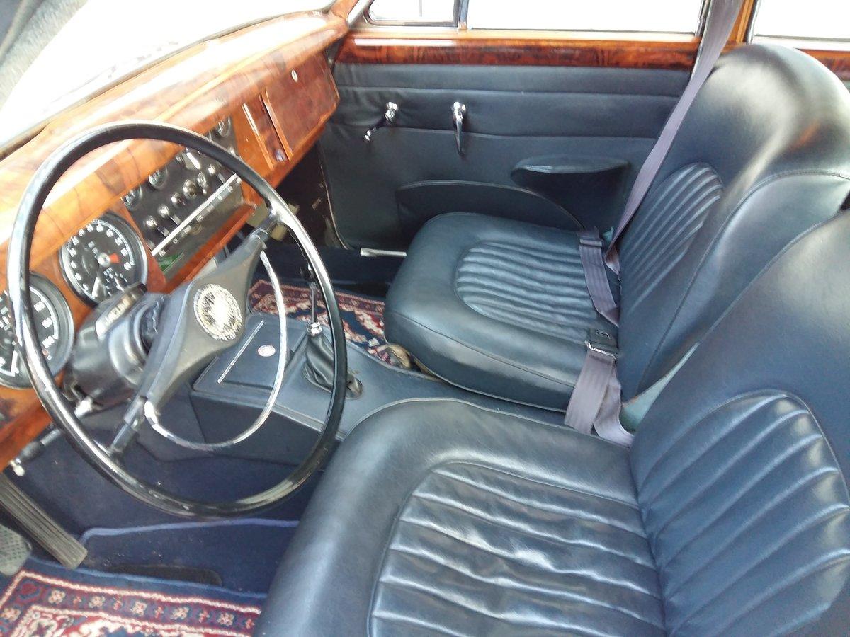1968 Jaguar MK2 240 LHD MT For Sale (picture 4 of 6)