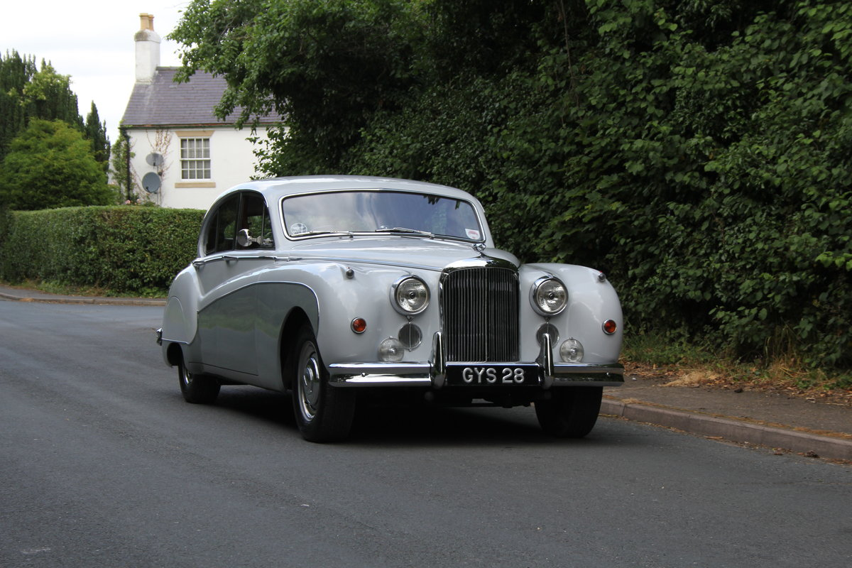 1960 Jaguar MKIX 3.8 Automatic SOLD (picture 1 of 12)