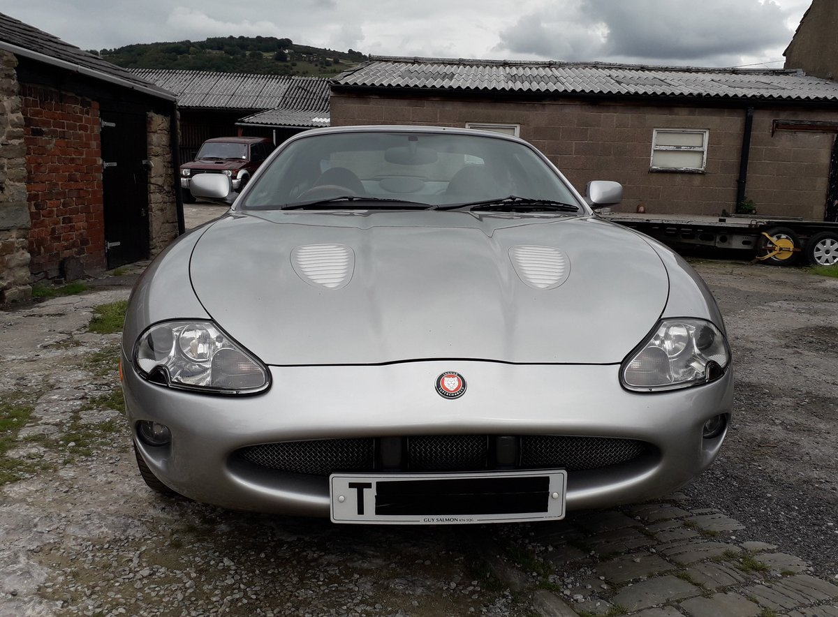 1999 Jaguar XKR 4.0ltr supercharged coupe For Sale (picture 5 of 6)