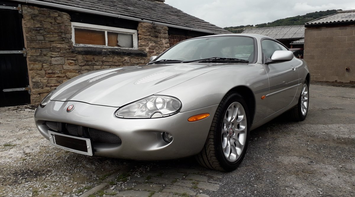 1999 Jaguar XKR 4.0ltr supercharged coupe For Sale (picture 6 of 6)