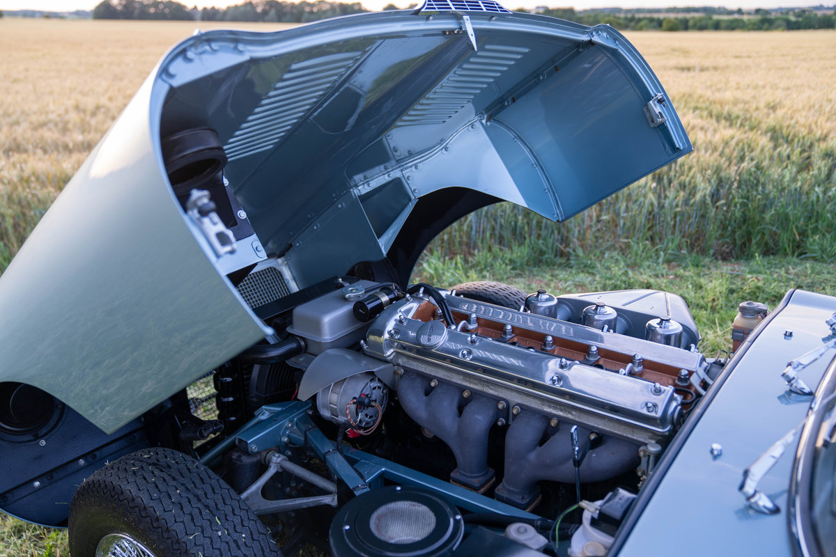 1965 Jaguar E-Type Roadster 4.2 Series 1 For Sale (picture 4 of 6)