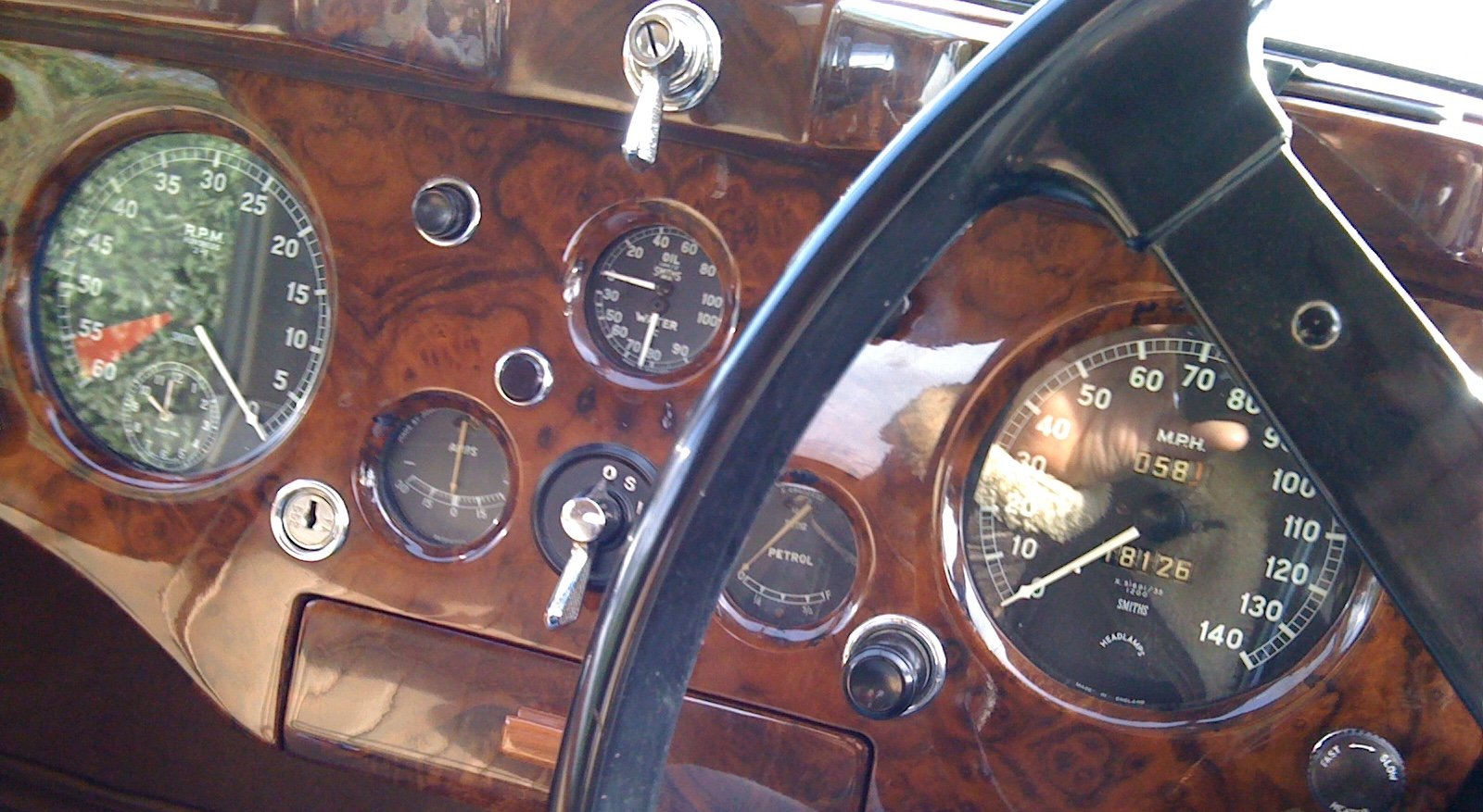 Jaguar XK140 DHC 1955 RHD WITH OVERDRIVE For Sale (picture 4 of 6)