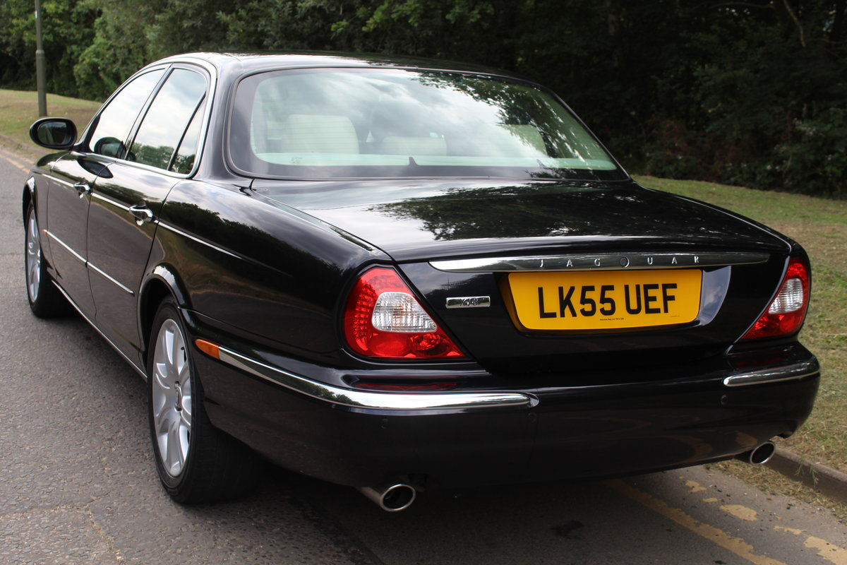 2005 Beautiful Jaguar XJ 4.2 V8 Executive For Sale (picture 2 of 6)