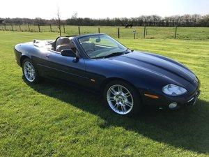 2001 Jaguar XK8 Convertible For Sale by Auction