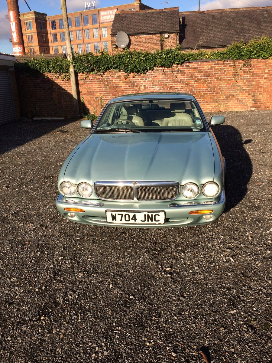 2000 Jaguar XJ For Sale (picture 1 of 4)