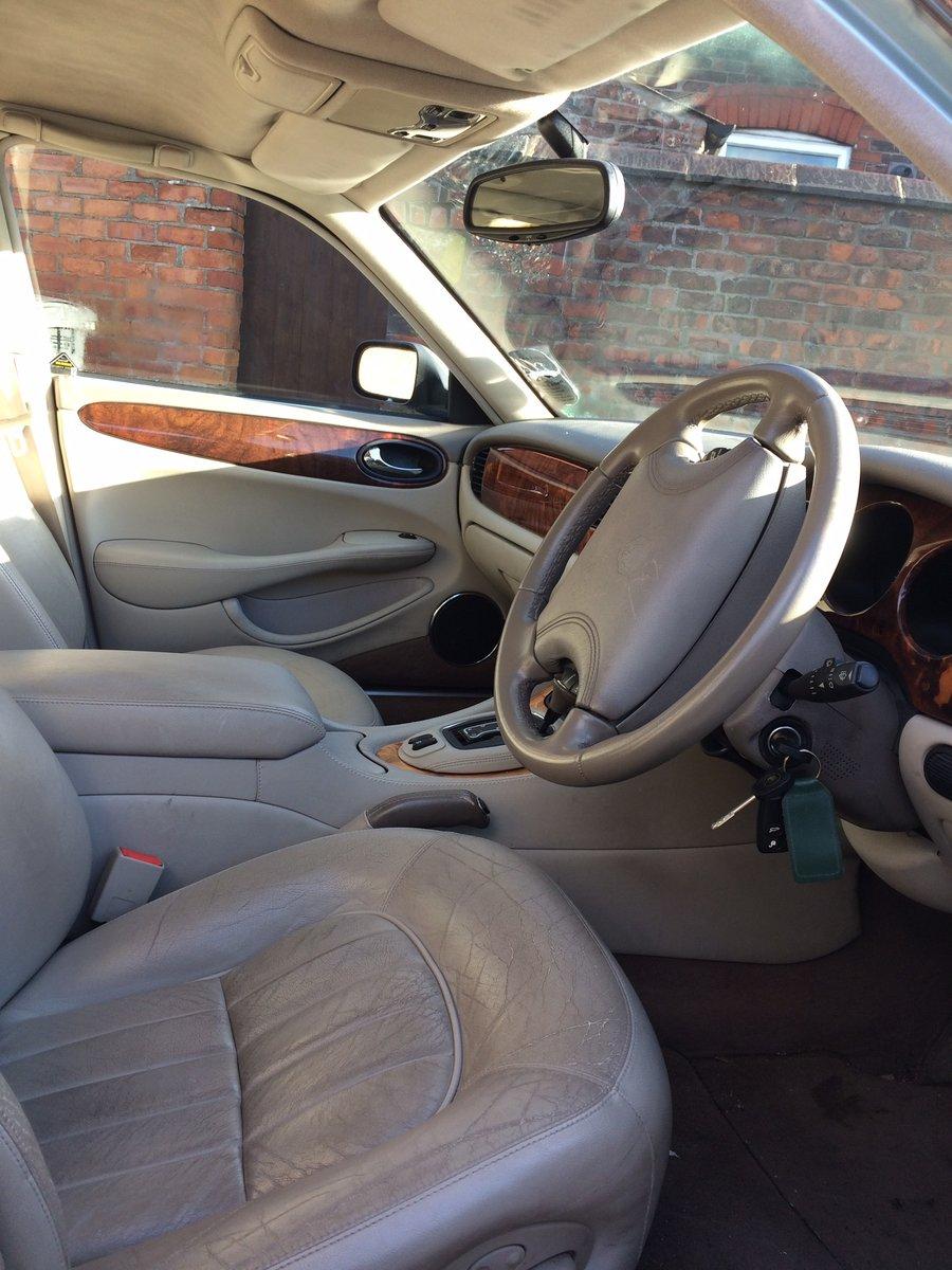 2000 Jaguar XJ For Sale (picture 2 of 4)