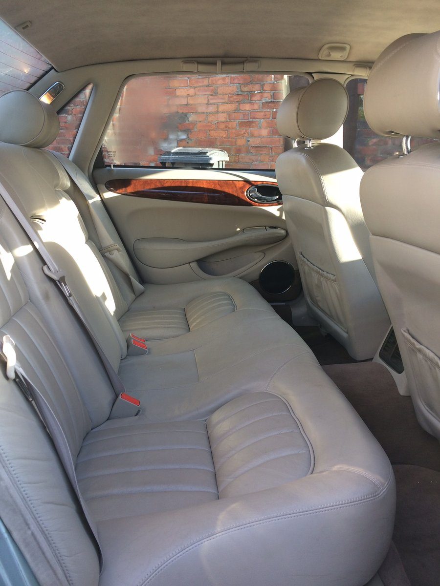 2000 Jaguar XJ For Sale (picture 3 of 4)