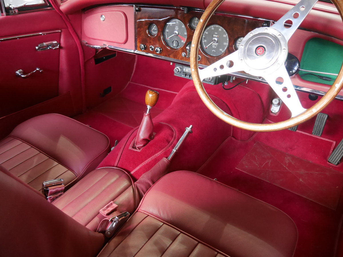 1959 XK150S 3.4 FHC, TOTALLY SUPERB For Sale (picture 4 of 6)