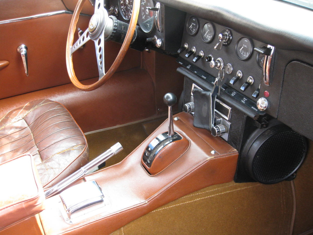 1966 Jaguar E Type Automatic Serie1 For Sale (picture 2 of 6)