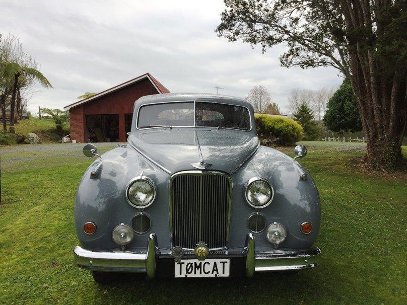 1952 Grey Jaguar MK VII - 3.4L Auto  For Sale (picture 1 of 6)