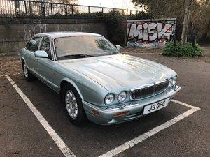 1998 Jaguar Sovereign V8 - rare & lovely long-wheelbase For Sale