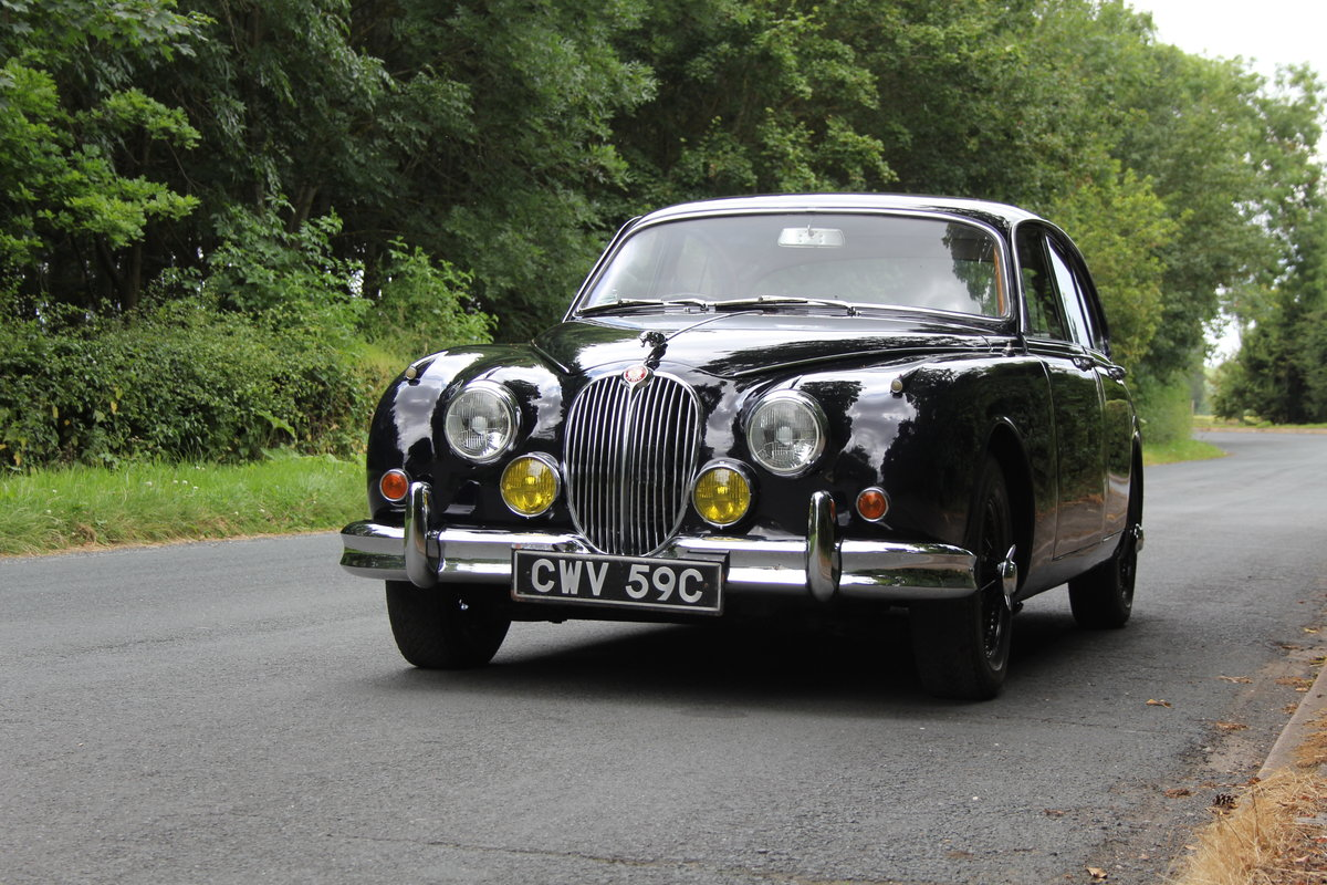1965 Jaguar MKII 3.8 Manual O/D, Uprated, Extensive EU Touring  SOLD (picture 3 of 12)