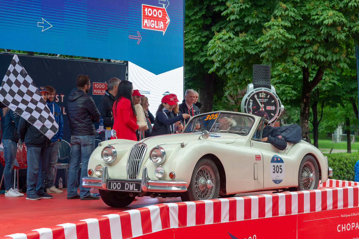 1956 JAGUAR XK 140 DROPHEAD COUPÉ SE For Sale (picture 1 of 6)