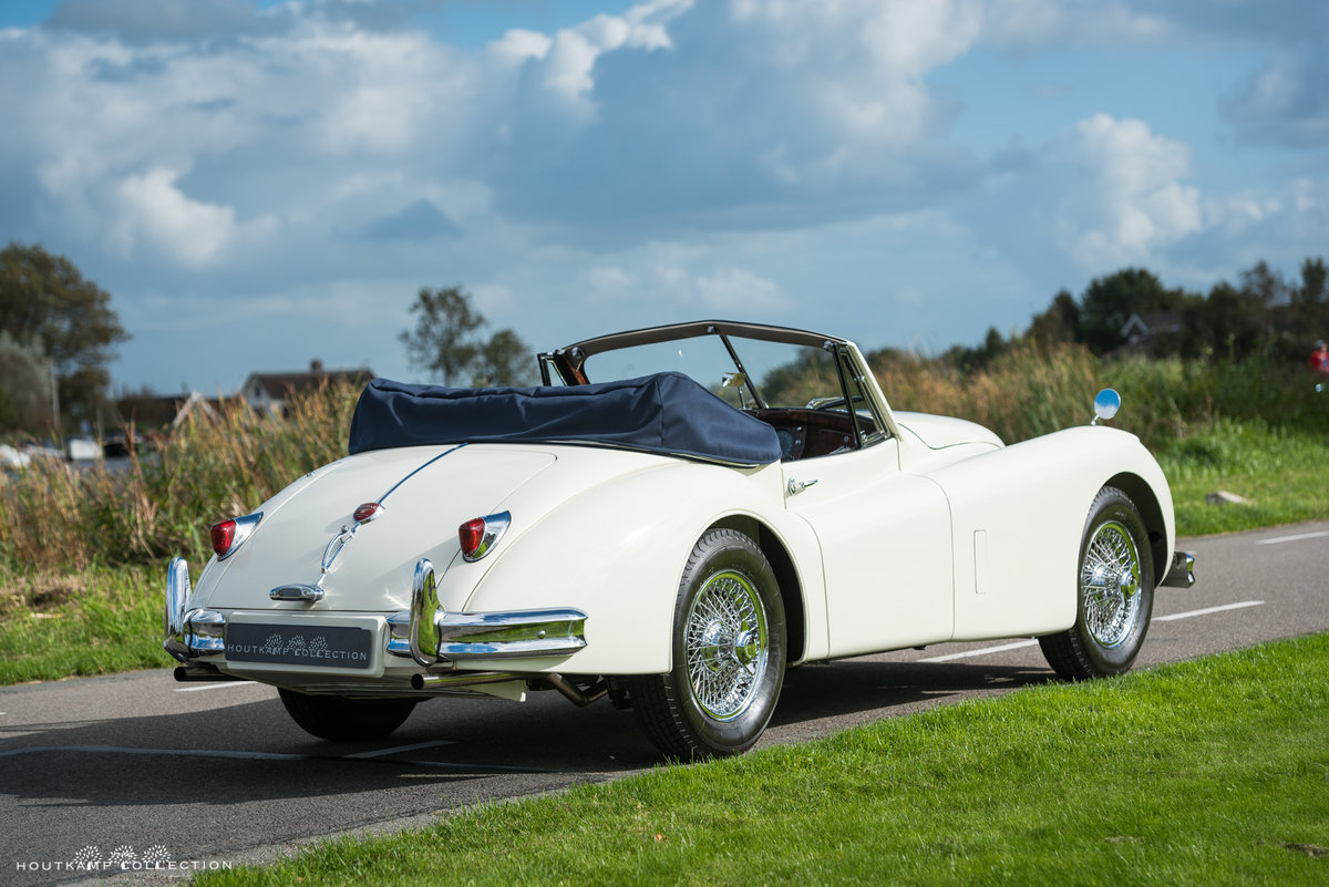 1956 JAGUAR XK 140 DROPHEAD COUPÉ SE For Sale (picture 4 of 6)