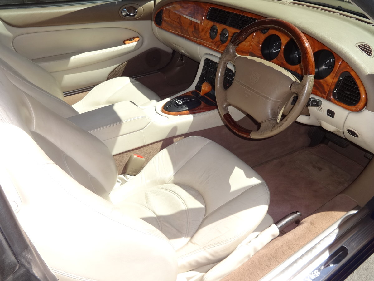 2001 JAGUAR XK8 4.0 V8 COUPE For Sale (picture 6 of 6)