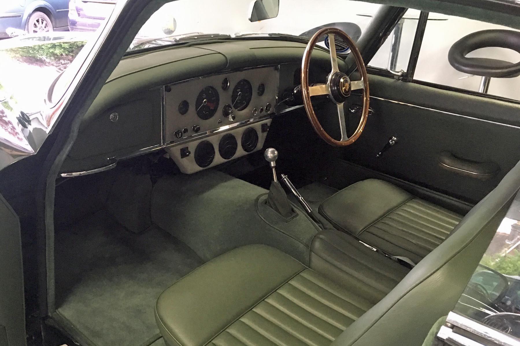 1960 Jaguar XK150 3.4 S FHC For Sale (picture 4 of 4)