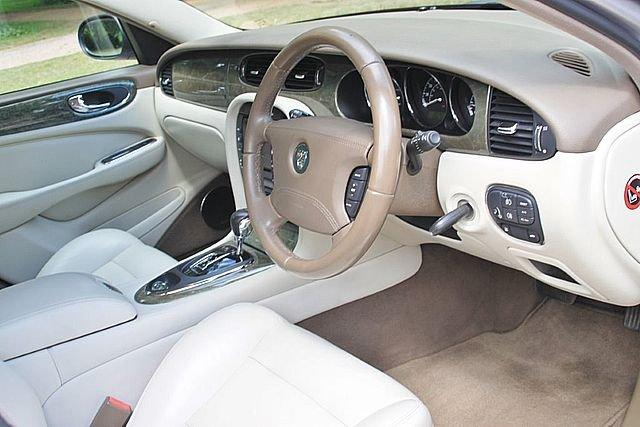 2004 Jaguar XJR (X350) (Just 83,000 Miles) For Sale (picture 5 of 6)