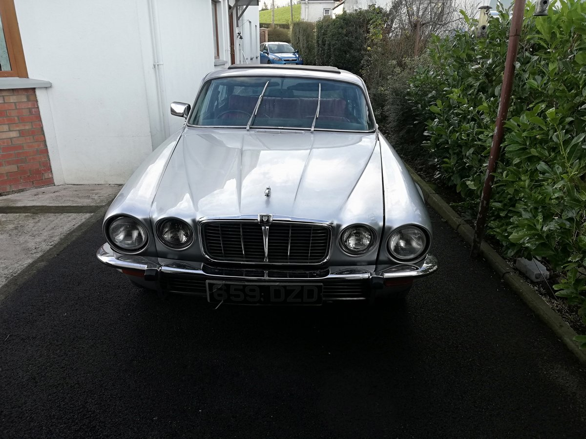 1978 restored jaguar xj6 series 2 For Sale (picture 1 of 6)