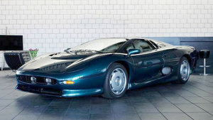 1994 Jaguar XJ220 For Sale by Auction