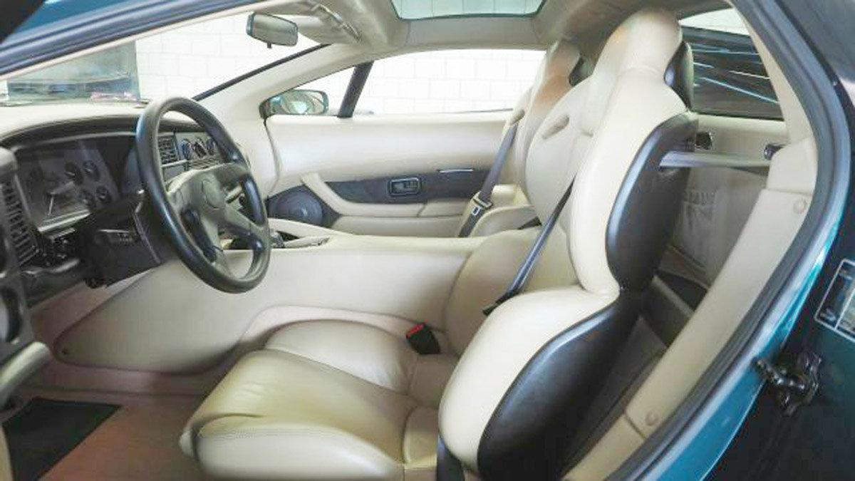 1994 Jaguar XJ220 For Sale by Auction (picture 3 of 6)
