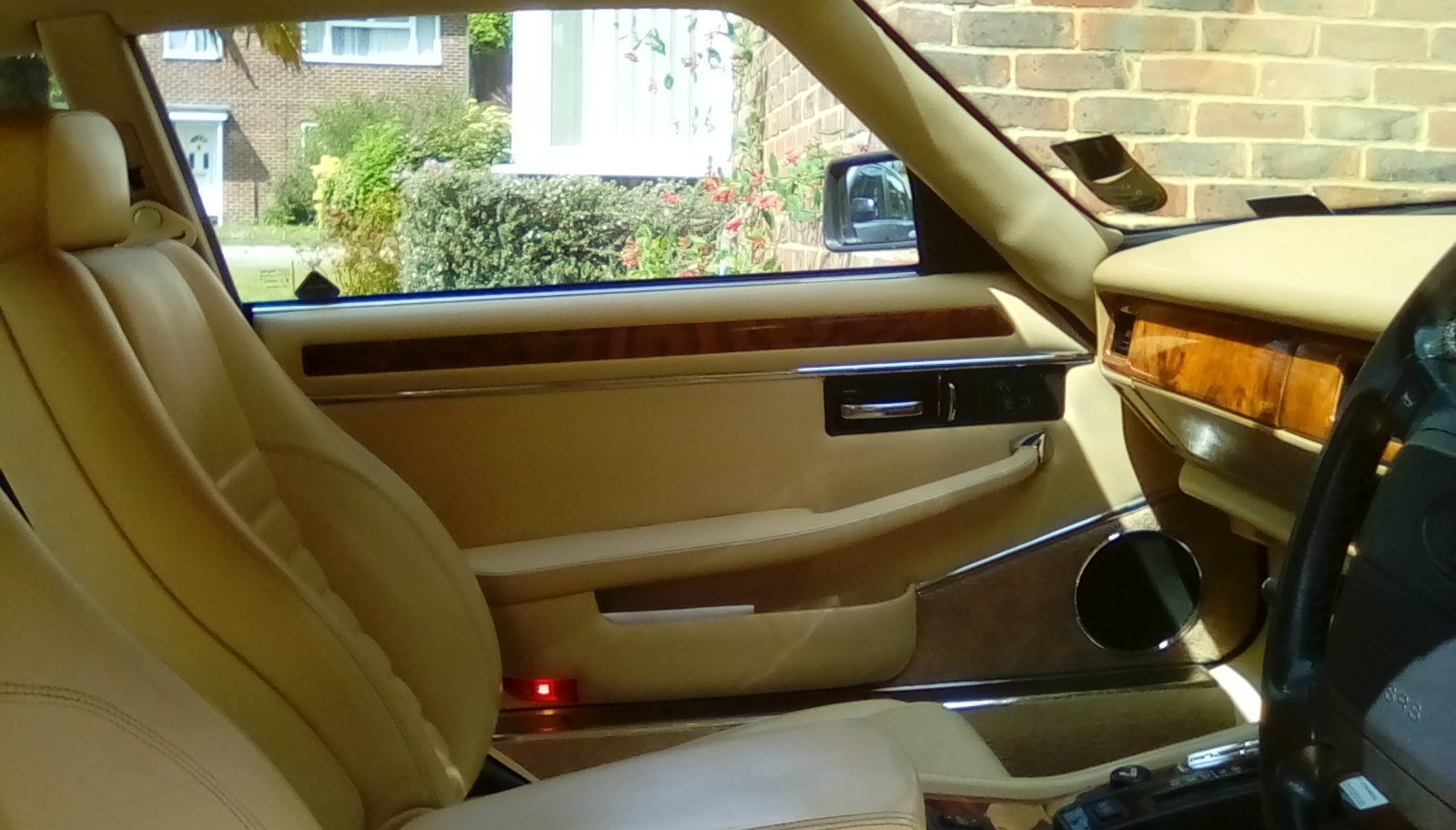 1994 Jaguar XJS 4.0 Coupe. Moroccan Red. For Sale (picture 5 of 6)