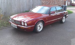 1998 Jaguar XJ8 For Sale