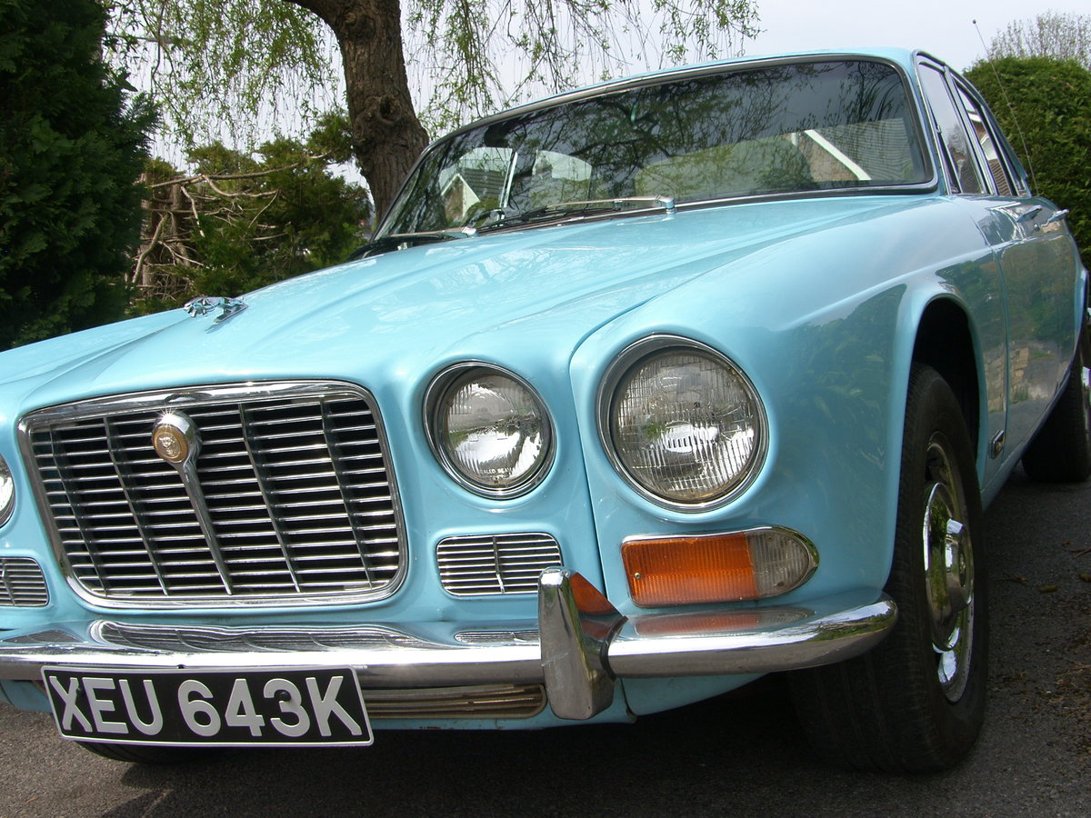 1972 XJ6 Series 1 SWB 4.2  SOLD (picture 1 of 5)