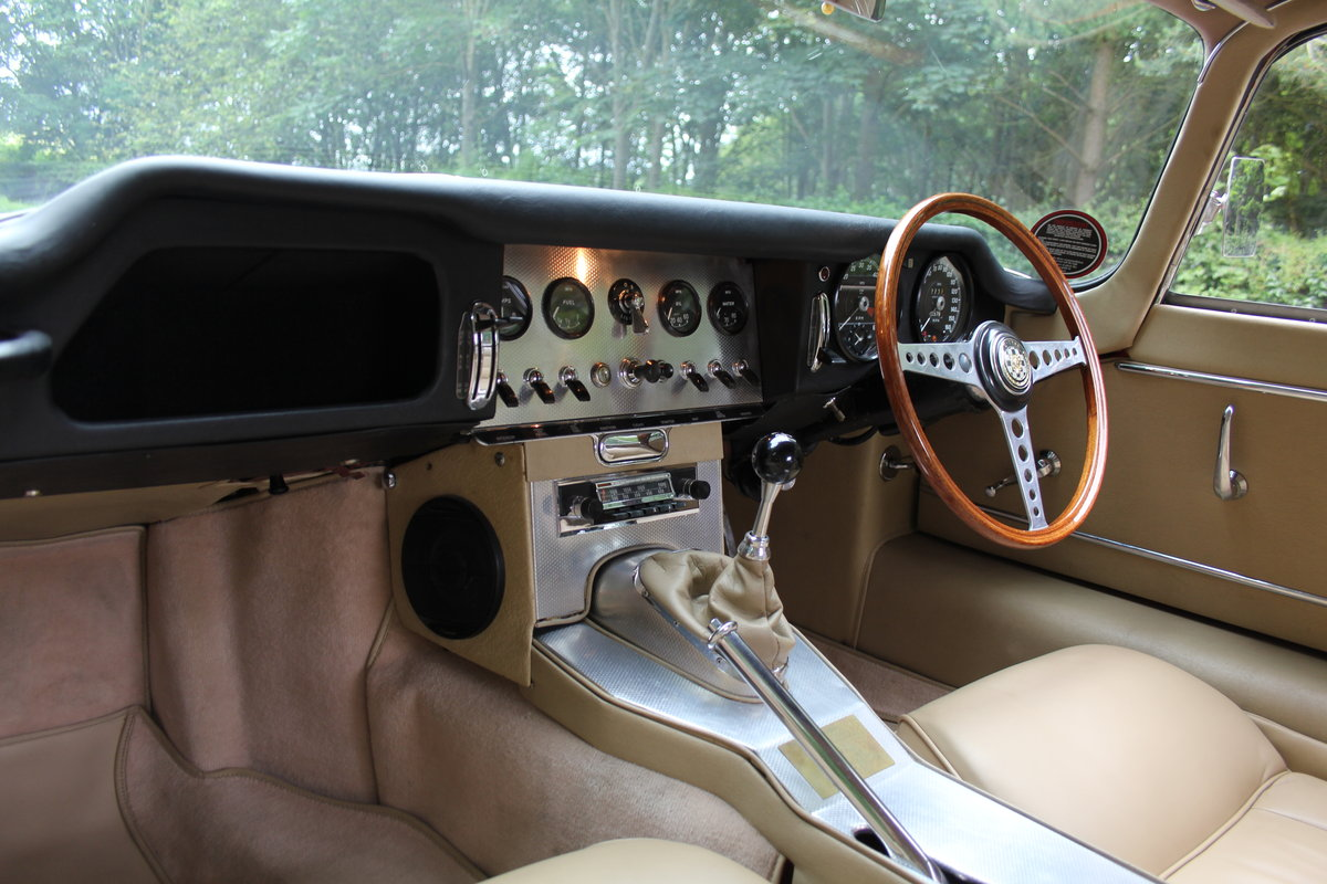 1962 Jaguar E-Type Series One 3.8 FHC - UK car, Matching No's For Sale (picture 12 of 23)
