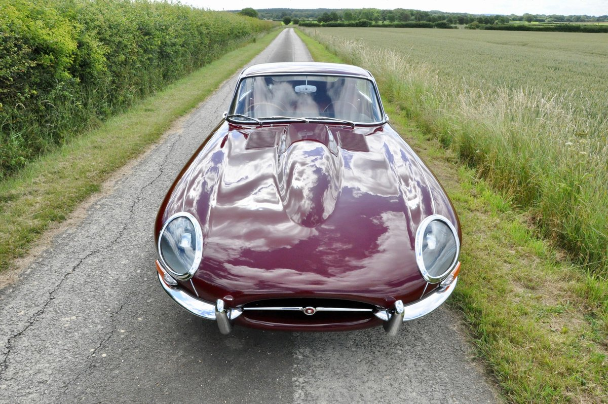 Fully Restored - 1961 Jaguar E-Type 3.8 Flat-floor RHD For Sale (picture 2 of 6)