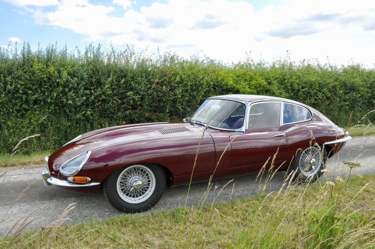 Fully Restored - 1961 Jaguar E-Type 3.8 Flat-floor RHD For Sale (picture 3 of 6)