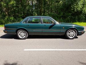 1994 Jaguar X300 XJ6 3.2 litre