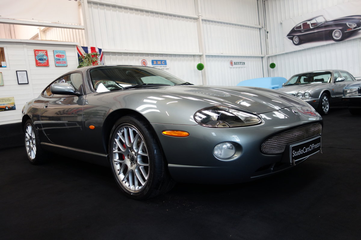 2005 Jaguar XKR 4.2 's' Final edition in beautiful condition SOLD (picture 1 of 6)