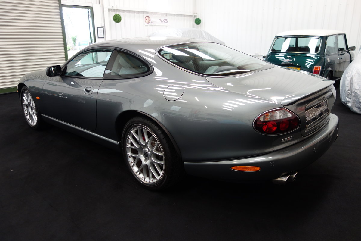 2005 Jaguar XKR 4.2 's' Final edition in beautiful condition SOLD (picture 4 of 6)