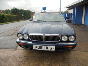 2001 XJ 8 EXCLISIVE TOP END MODEL 3.2cc PETROL V/8 JUST 104,000 M
