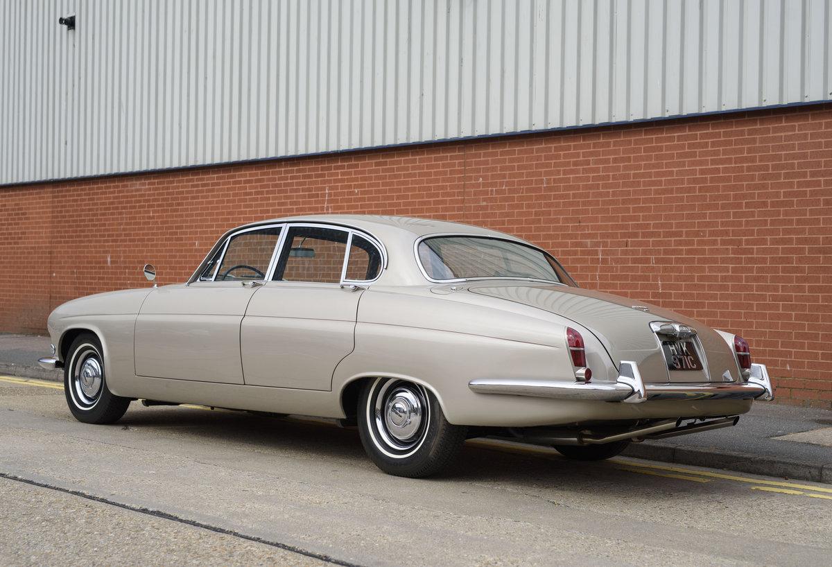 1965 Jaguar Mk X 4.2 For Sale (picture 6 of 24)