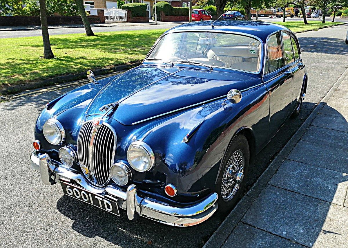 1961 Jaguar Mk2 3,4 Saloon, Manual/Overdrive/PAS For Sale (picture 2 of 6)