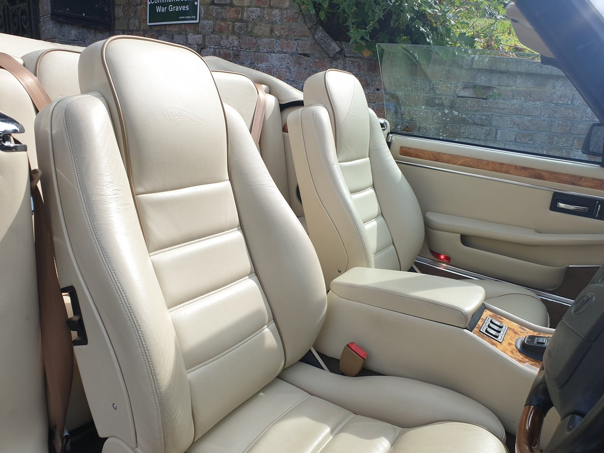 1995 Jaguar XJS 4.0 Celebration 1 owner from new  For Sale (picture 5 of 6)