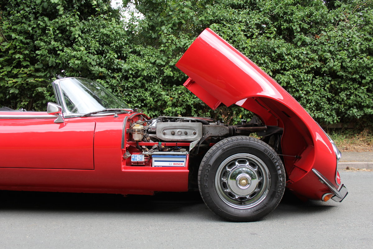 1973 Jaguar E-Type V12 Roadster- UK Manual, 1 owner 35 years For Sale (picture 14 of 24)